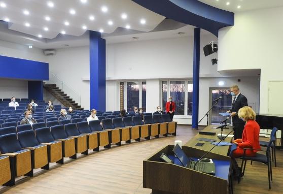Tęsiasi šventinių rytinių konferencijų mėnuo: įteiktos Ministro Pirmininko ir NVI padėkos