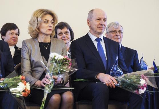 Prof. Feliksui Jankevičiui ir prof. Sonatai Jarmalaitei įteiktos Lietuvos mokslo premijos