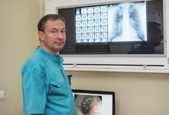 Nacionaliniame vėžio institute atlikta unikali operacija: po siūlę grąžino į gyvenimą