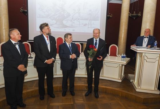 Prof. Feliksas Jankevičius apdovanotas už viso gyvenimo pasiekimus vėžio tyrimų srityje